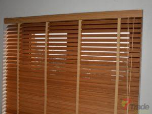 żaluzje bambusowe salon
